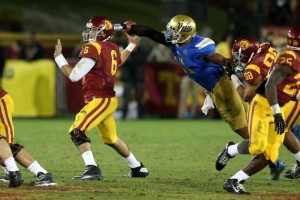 hi-res-452694421-linebacker-anthony-barr-of-the-ucla-bruins-strips-the_crop_north