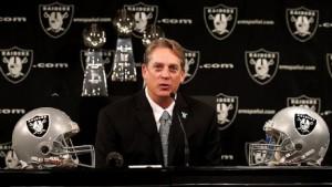 Czy Jack Del Rio rozpocznie świetlaną erę Raiders?