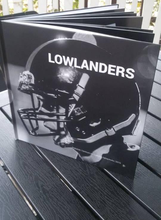 Album będzie do nabycia w  Centrum im. Ludwika Zamenhofa (także poprzez jego stronę internetową), jak też będzie do nabycia kontaktując się z Lowlanders.