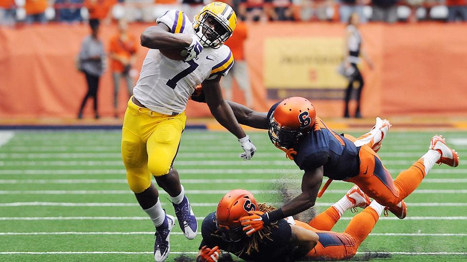 Syracuse Orange nie byli w stanie nic poradzić na świetną dyspozycję Leonarda Fournette'a (#7)