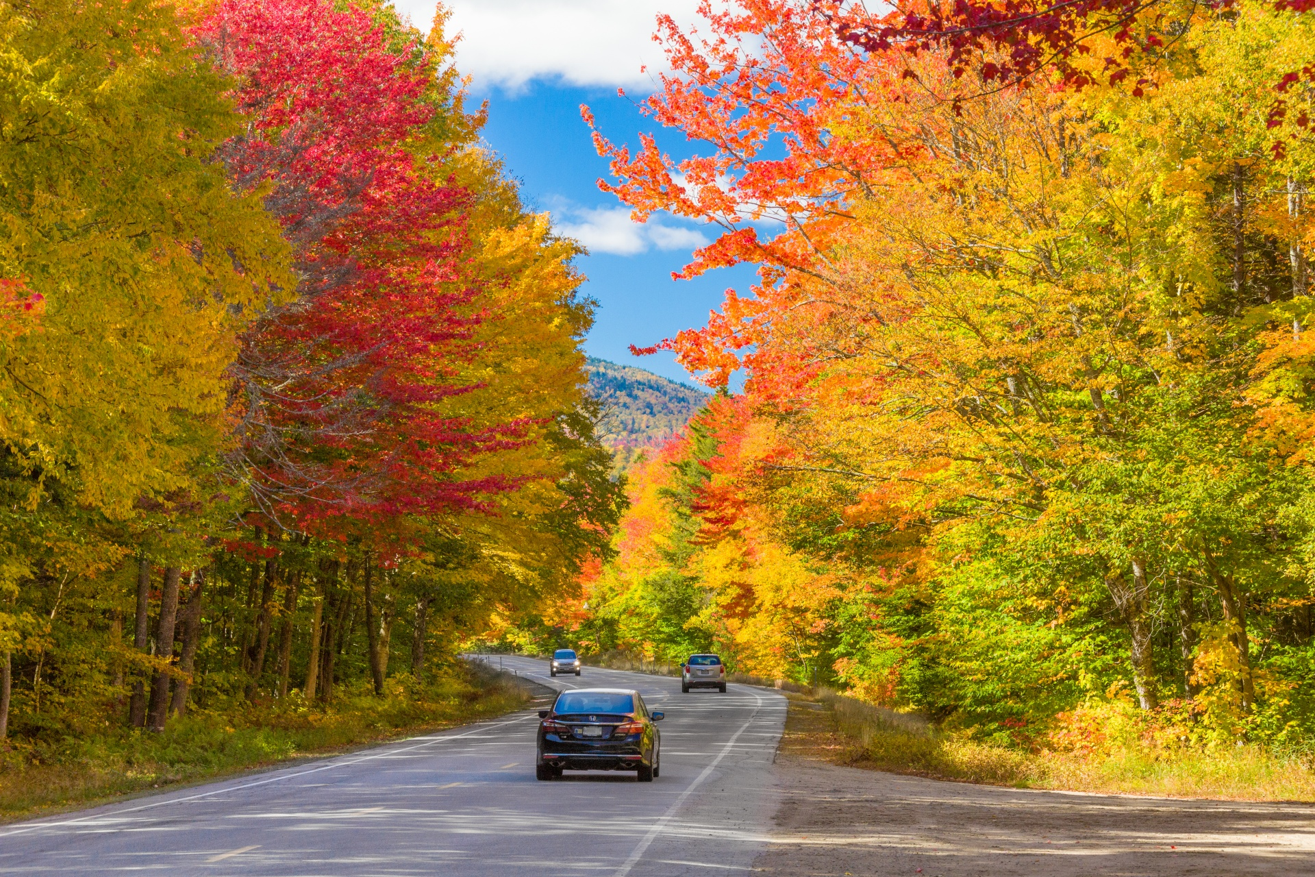 fall-in-new-england-1529668903g7M